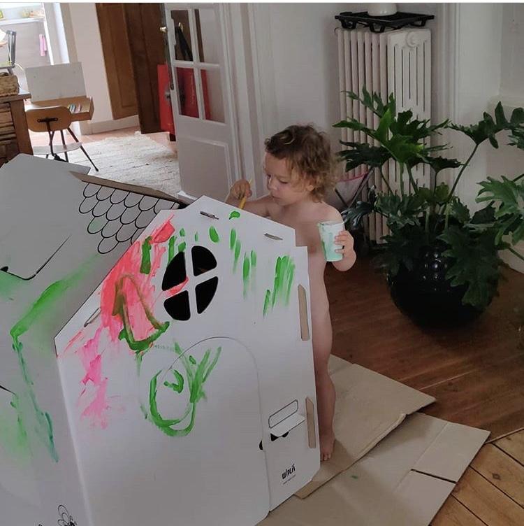 maison-jouet-en-carton-wiplii